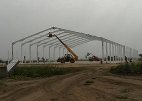 Airplane Hanger Construction2